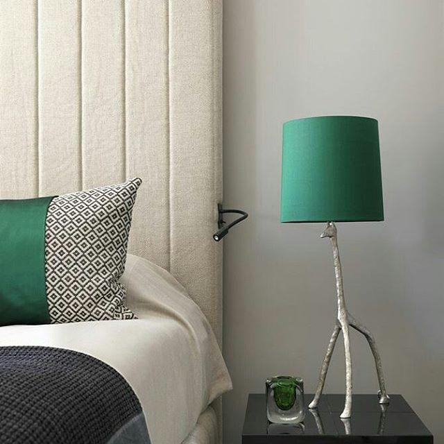 Verde esmeralda 😍 Via Pinterest - Tempo de Delicadeza . #quartos #verde #cores…