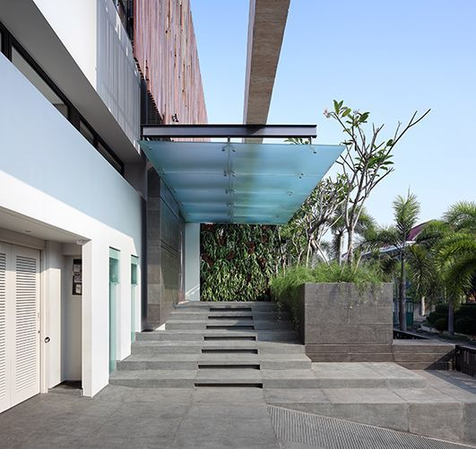 Building entrance canopy google search office exterior for Office entrance design