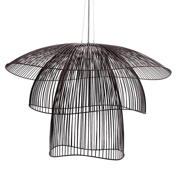 les 25 meilleures id es de la cat gorie lampe suspension en m tal sur pinterest noir edition. Black Bedroom Furniture Sets. Home Design Ideas