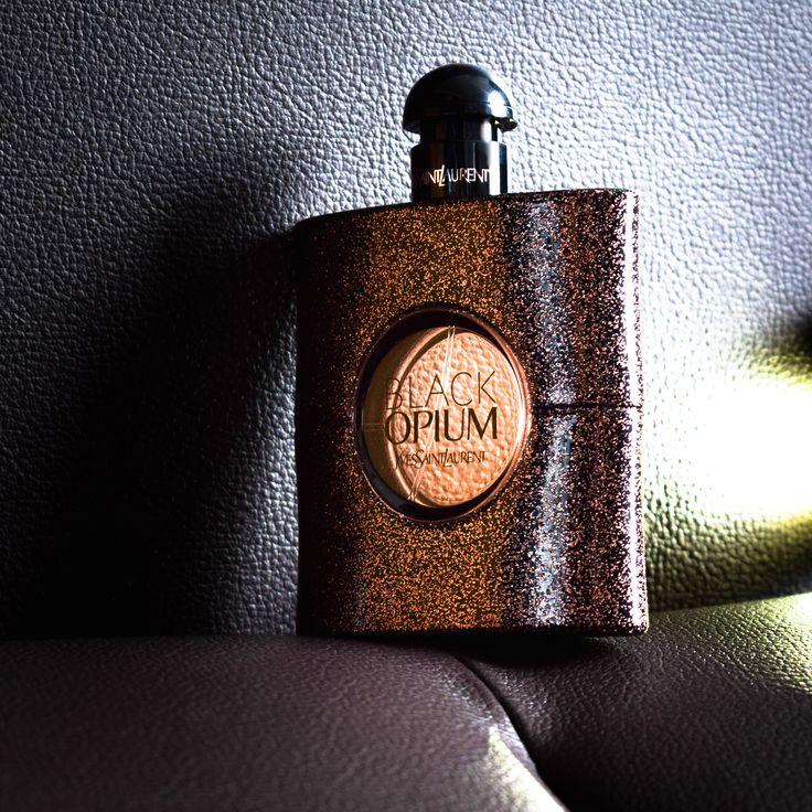 Black Opium Eau de Parfum Spray von Yves Saint Laurent