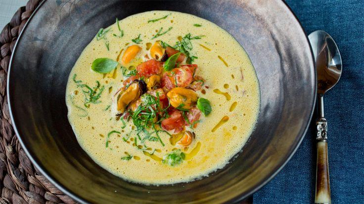Kremet blåskjellsuppe med tomat