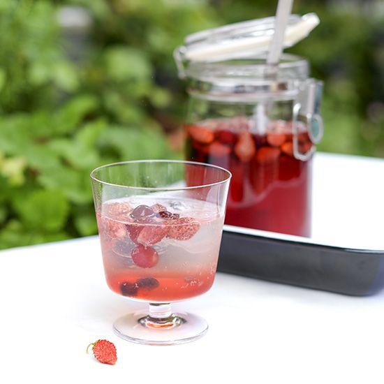 【自家製シロップレシピ】かわいくって美味しい♪イチゴのサワーシロップ。