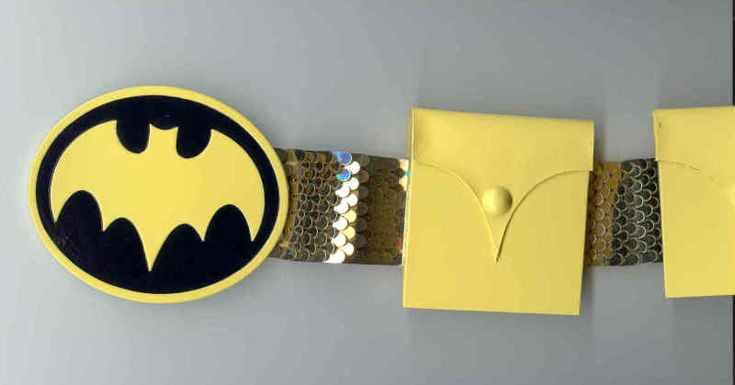 DIY Bat Girl belt