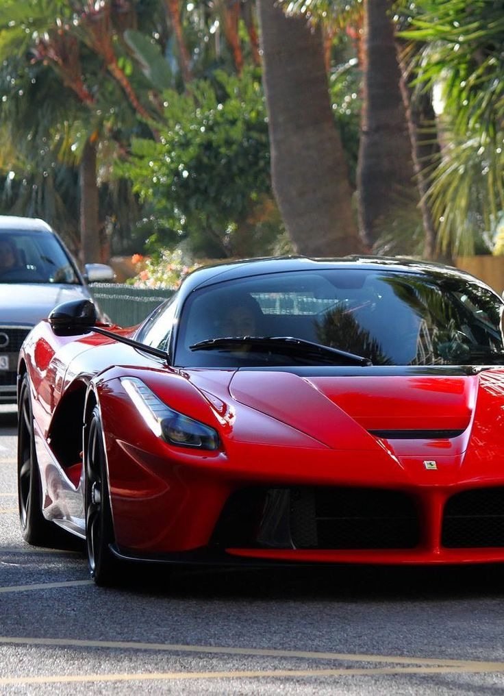 ferrari laferrari is a really nice car nice cares pinterest nice cars chang 39 e 3 and i love. Black Bedroom Furniture Sets. Home Design Ideas