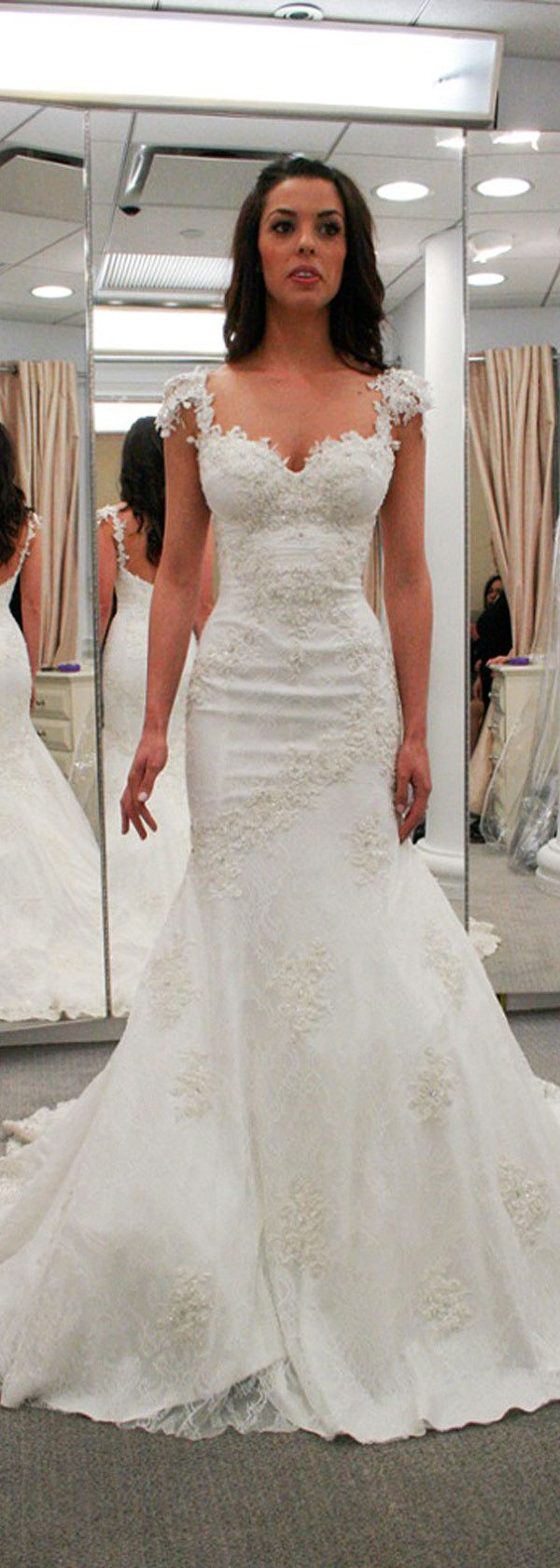 Lavish Tulle & Satin Sweetheart Neckline Mermaid Wedding Dresses With Beaded Lace Appliques