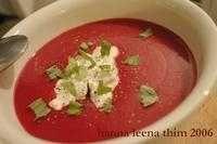 Rödbets- och potatissoppa - Recept - Tasteline.com