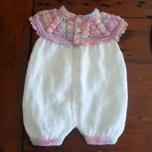 Ravelry: Marianna's All-in-One Romper Suit pattern by marianna mel - and it's a FREE pattern