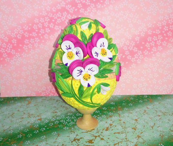Quilled uovo di Pasqua con l'uovo di viola fiori di QuillingLife