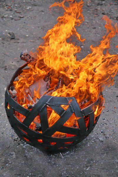 Feuerschale aus Flachstahl