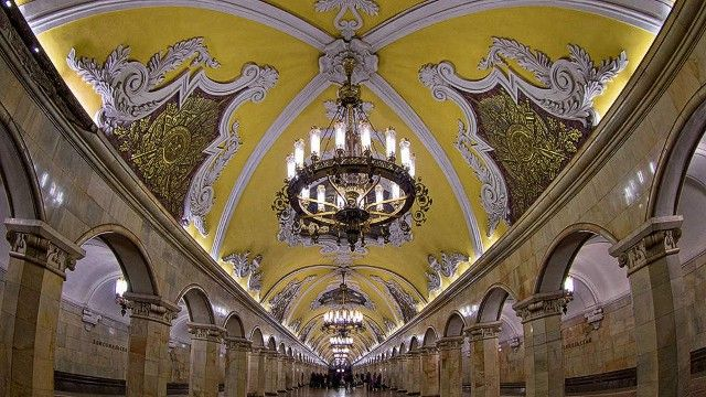 3. Komsomolskaya (Koltsevaya Line), Moscow    Baroque-style decor, historical mosaics and chandeliered ceilings resemble a grand ballroom.