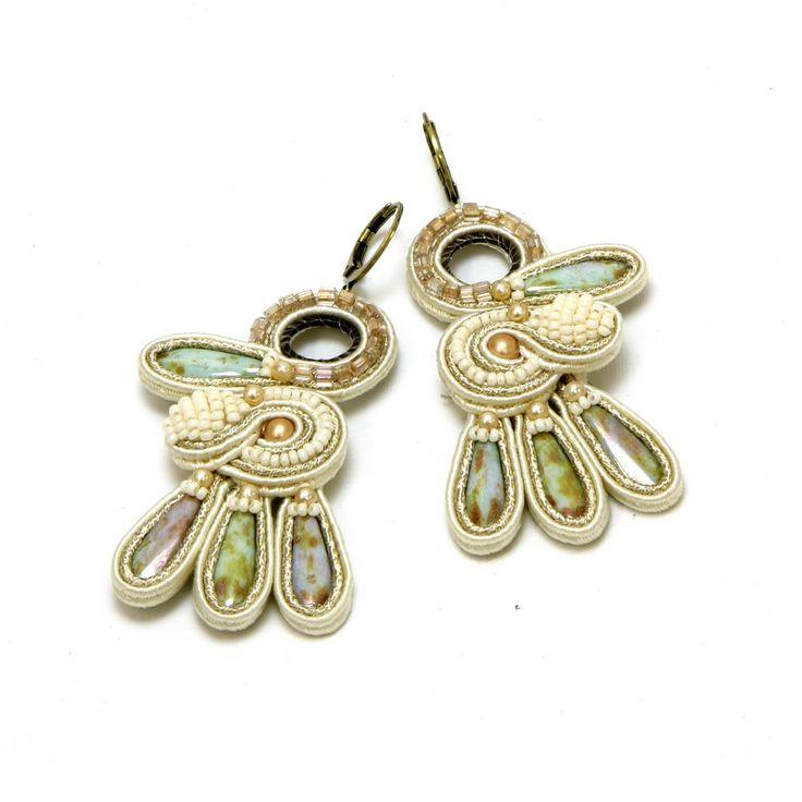 Angel feminine handmade bridal earrings by Dori Csengeri   #DoriCsengeri #bridal #bridalearrings #bridaljewelry #wedding