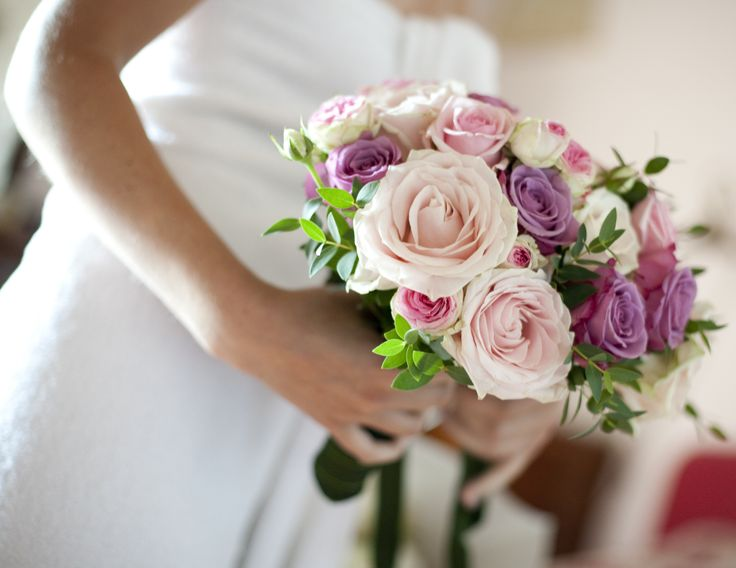 www.italianfelicity.com #weddinginitaly #weddingbouquet #roses