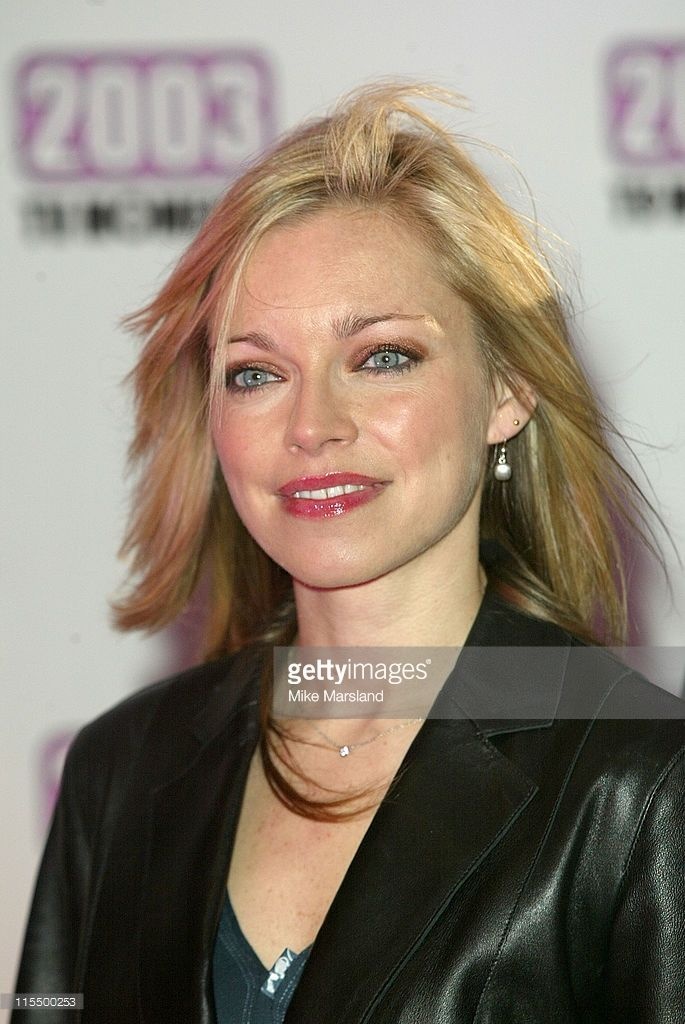 sarah-alexander-during-the-best-of-2003-tv-moments-arrivals-at-bbc-picture-id115500253 (685×1024)
