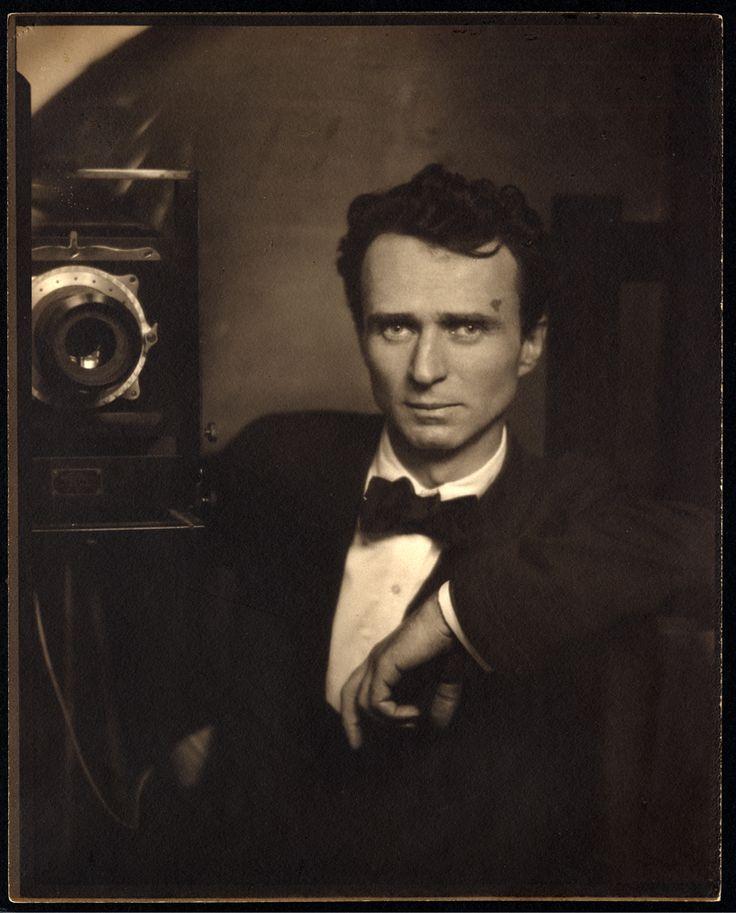 Edward Steichen, Self-Portrait, ca. 1917, palladium print. Copyright: Estate of Edward Steichen.