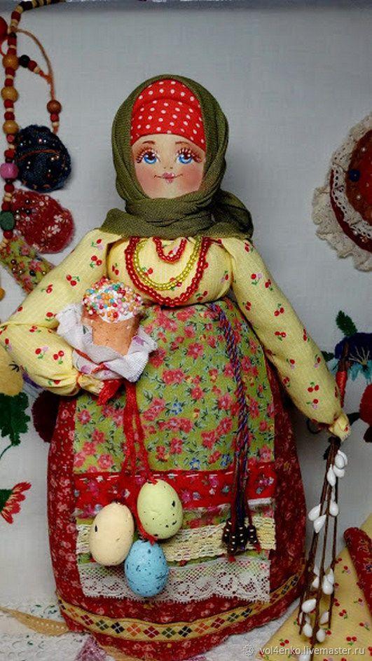"""Кукла в русском народном стиле на деревянной ложке """"Любушка с куличом – купить в интернет-магазине на Ярмарке Мастеров с доставкой"""