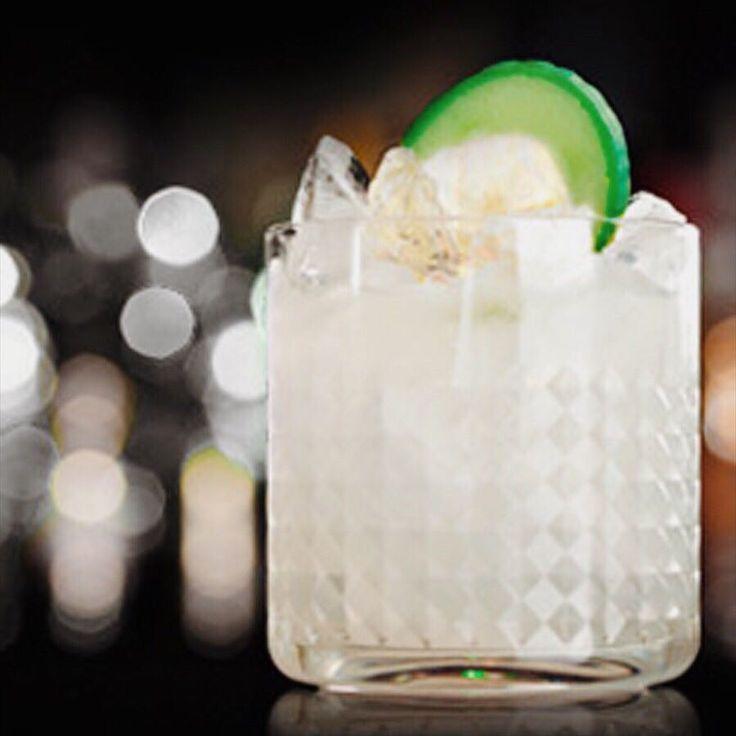 Halbzeit!!!! Nur noch zwei Tage dann heisst es wieder Wochenendeeee  Was trinkt ihr am Liebsten? Gin? Rum? Oder vielleicht Vodka? Wir wünschen euch einen gemütlichen Abend  #black#blackbygansloser#gin#rum#vodka#halbzeit#wednesday#mittwoch#weekendiscoming#cocktails#drinks#bartender#spirituosen#longdrink#ulm#munich#stuttgart#berlin#köln#haveadrink#ginfluencer#ginandtonic#gintonic#rumcocktail#rumcoke#instagood#tb#followforfollow#instadaily#instagram