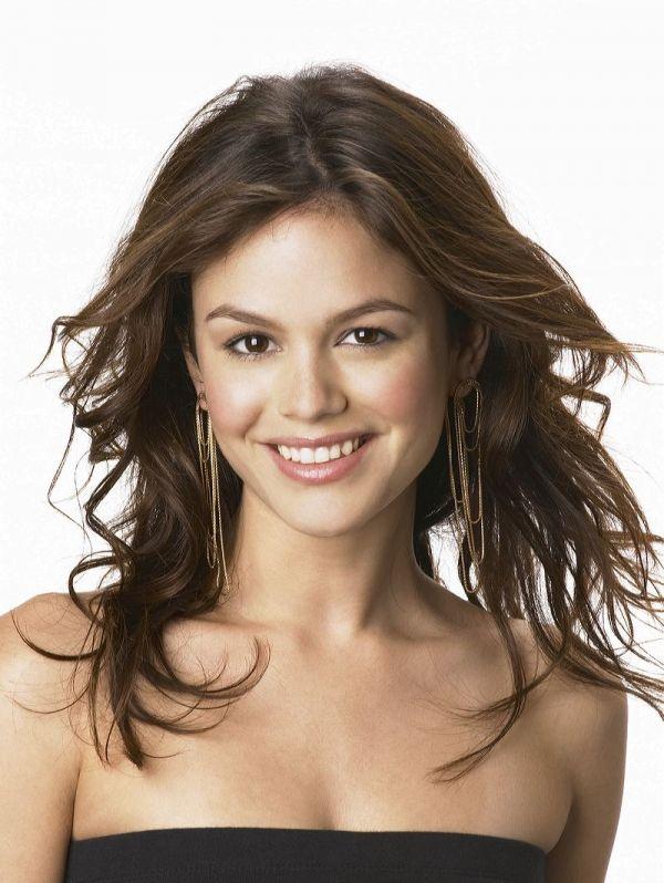 Rachel Bilson #wavyhair Dianne Nola   Hair Stylist   Curly Hair Specialist   www.nolastudio.com