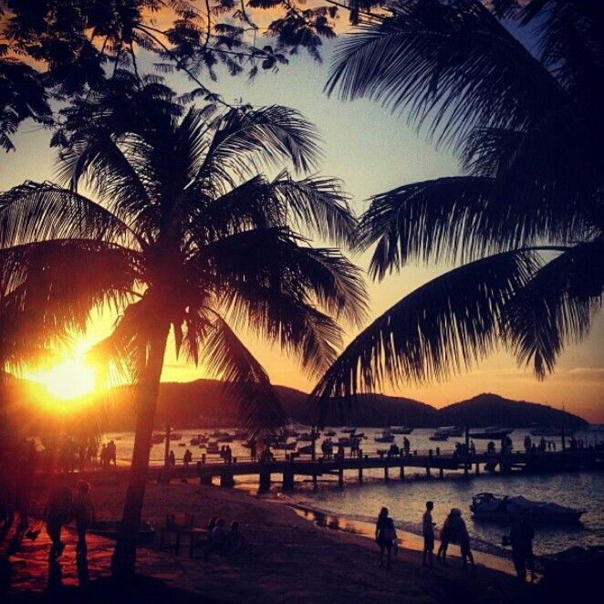 A perfect sunset at Búzios . .. #buzios #brazil