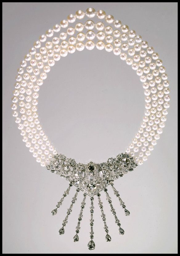 Art Deco Pearl & Diamond Necklace by Cartier 1939