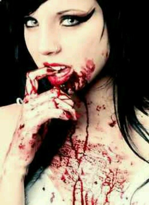 17 Best Images About Vampire On Pinterest | Gothic Art Vampire Art And French Lady