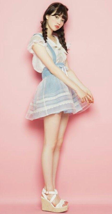 Lovin Japanese gyaru fashion . So Kawaii! | clothes | Pinterest