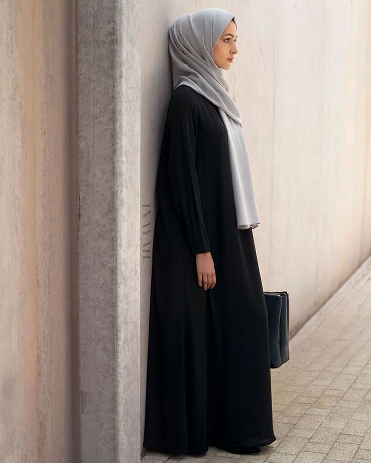 Relaxed silhouettes paired with comfort and versatility; perfect for an upgrades working wardrobe. Black Scoop Neck Maxi Oyster Soft Crepe Hijab www.inayah.co