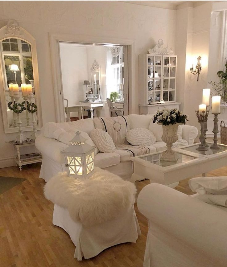 50 Romantic Shabby Chic Living Room Decor Ideas Chic Decor Ideas Living Roman In 2020 Chic Living Room Decor Romantic Living Room Shabby Chic Decor Living Room