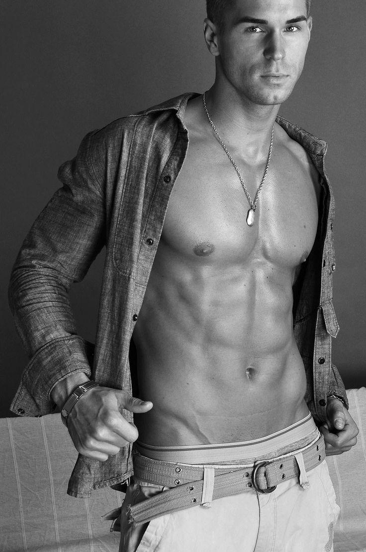 farbige männliche models