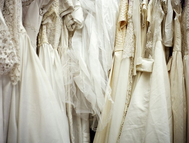 Beautiful & Budget: Where to Find Second Hand Wedding Dresses ...