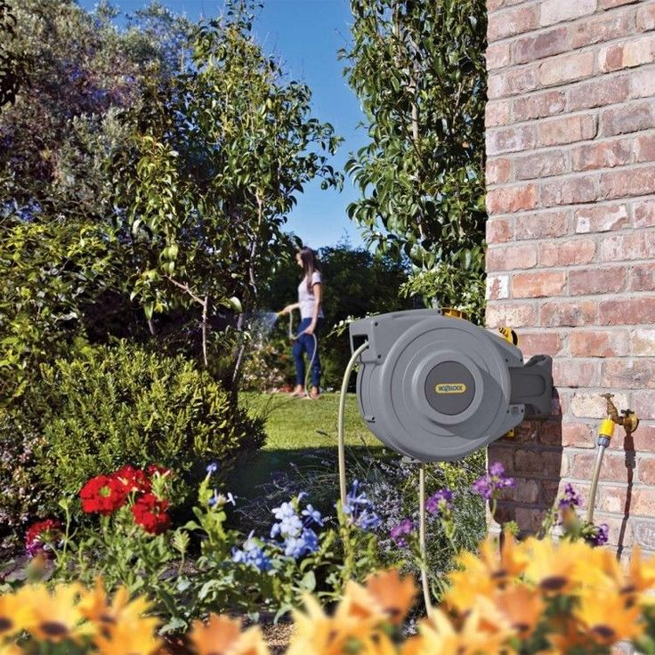Auto Hose Reel 20M Garden Tool Water Pipe Patio Lawn Yard Wall Mounted Equipment