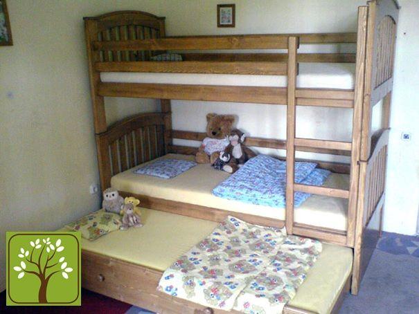 Ágymester emeletes ágy vendégággyal
