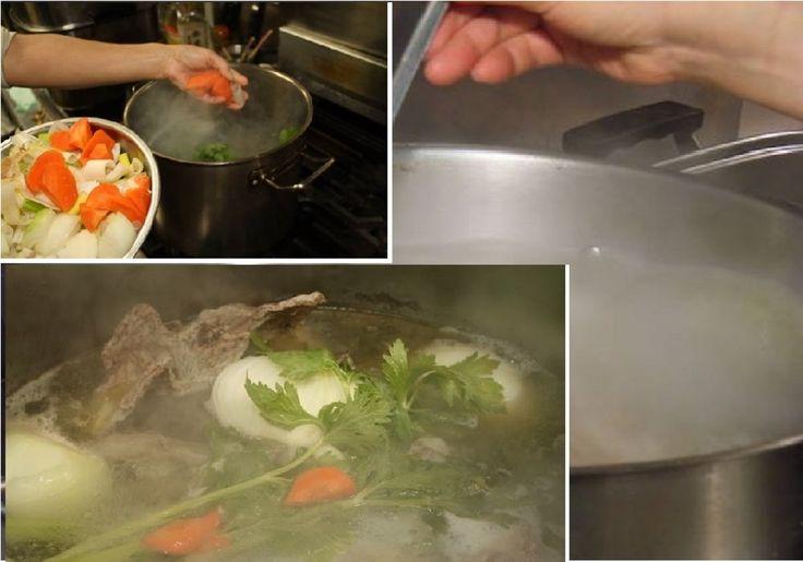 0830 極上スープを、簡単に作る方法!!!  地鶏ガラスープというとすごく ハードル上がりますが、 簡単に作ることが出来ます。 少々贅沢ですが、・・・安心、安全な鶏肉(ミンチ)を購入する(できれば地鶏が良いが・・・)。 おいしい軟水1リトルで 200グラム~250グラムのミンチを水から、火にかける。 強火で火にかける。 沸騰したら お野菜投入 ネギ、玉ねぎ、人参、セロリなどの野菜をいれる。 できれば、この野菜4点は、必ず入れて欲しい。 20分じっくり煮込む。 塩、コショウ、お醤油で 味付けする。 ミンチと投入した野菜は、破棄する。完全に味…