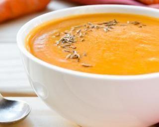 Soupe carotte et lait de coco minceur au Thermomix© : http://www.fourchette-et-bikini.fr/recettes/recettes-minceur/soupe-carotte-et-lait-de-coco-minceur-au-thermomixc.html
