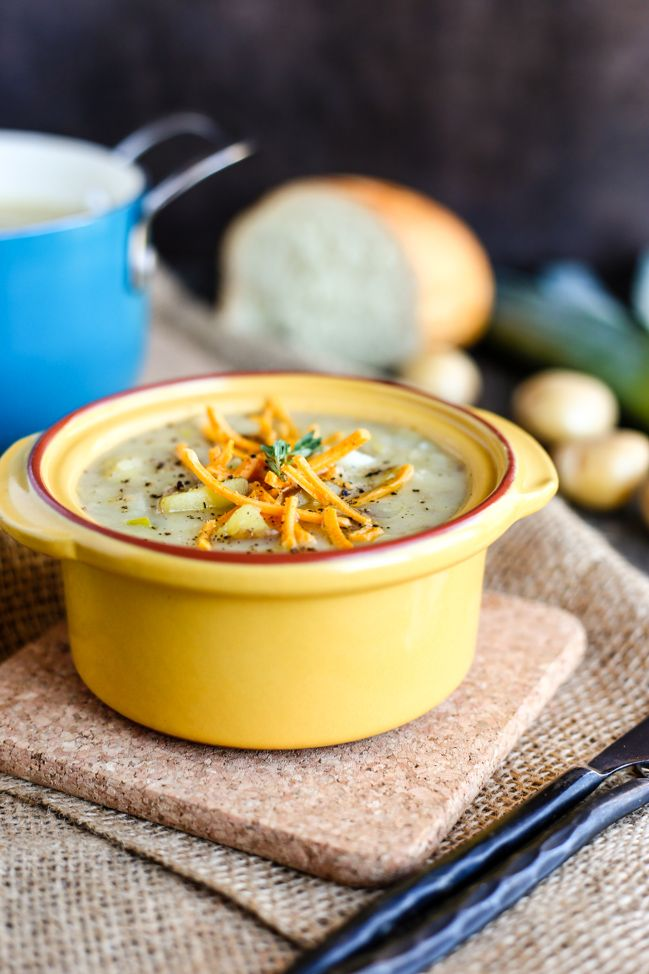 Vegan Potato & Leek Soup - So awesome for those cold winters days when you feel like a vegan soup thats easy to make.  Thank you to @ilovevegan for the inspiration!