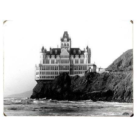 Wood wall art depicting a vintage image of the Cliff House Hotel in San Francisco, California.   Product: Wall decor
