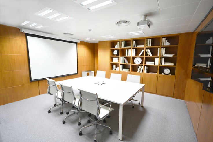 Sala de reuniones, formaciones, show rooms. Meeting Rooms.