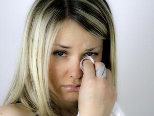 BABY BLUES: CELA PEUT ÊTRE UNE VRAIE DÉPRESSION  http://www.topsante.com/ma-vie-de-maman/arrivee-bebe/Baby-blues-cela-peut-etre-une-vraie-depression