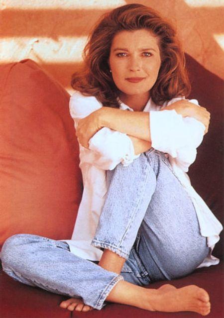 "Kate Mulgrew: played Capt. Kathryn Janeway in ""Star Trek: Voyager"". Love her, LOVE her, LOVE HER!!"