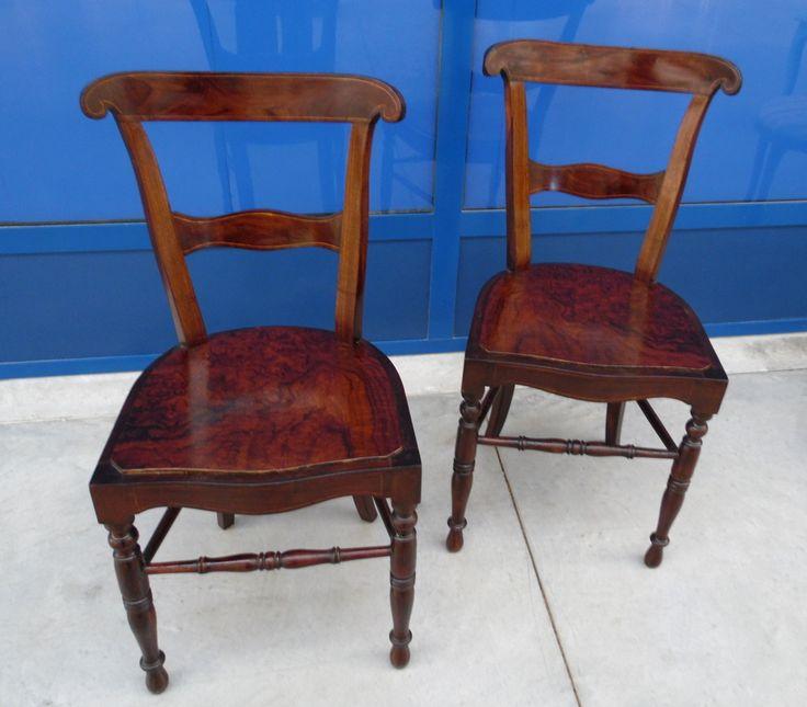 Coppia di sedie 39 carabiniere 39 in noce filettate e acero for Sedie fenice design