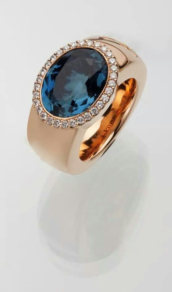 YORK Furstin Juliane Collection 18ct Rose Gold with Blue Topaz & the finest