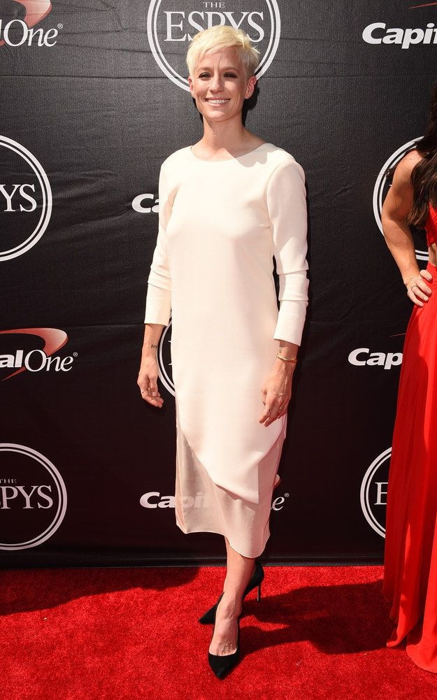 And Megan Rapinoe went with all white everything (minus the shoes): | The U.S. Women's National Team Slayed With Their Looks At The ESPYS