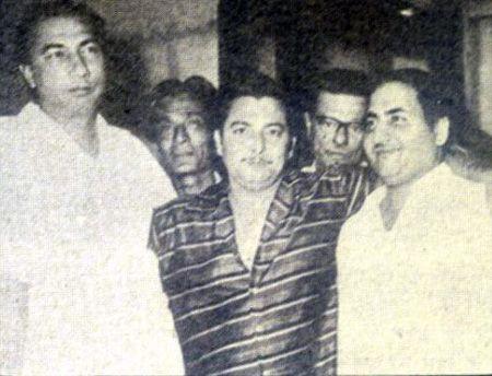 mohd-rafi-with-sahir-ludhianvi-jaan-nisar-akhtar-madan-mohan-minoo-karthik.jpg (450×344)