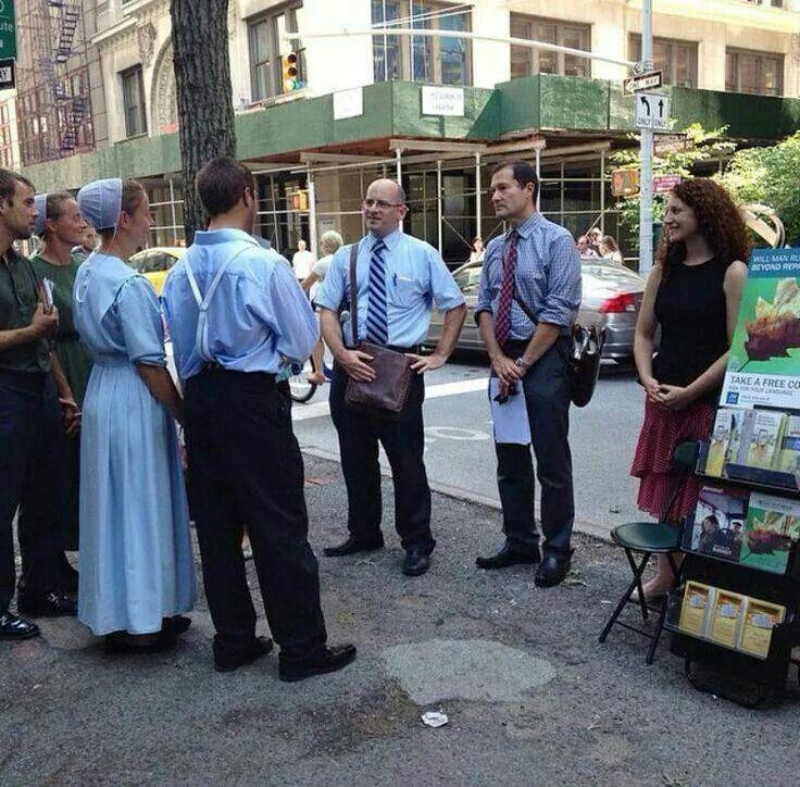 Membros dos amish interessados em nossa pregação