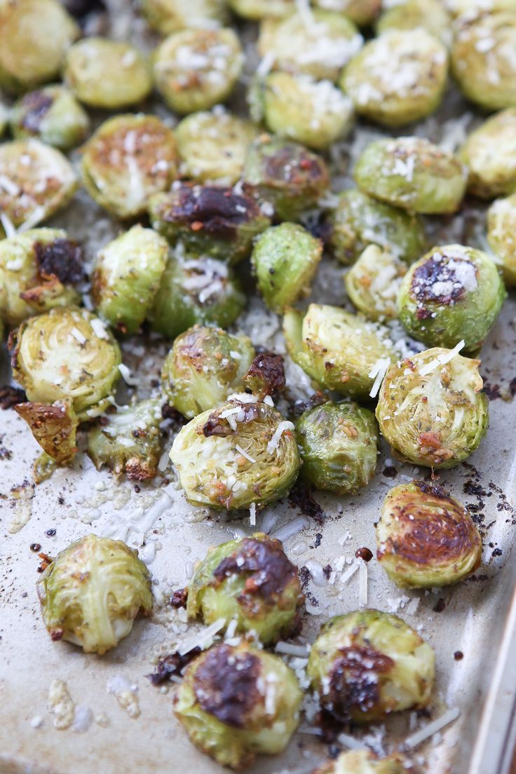 Brussels Sprouts with an Italian twist! Just a few ingredients, these Pesto Roasted Brussels Sprouts will make a great addition to any meal!