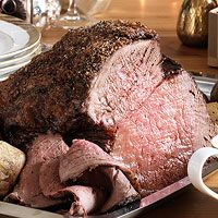 Every Day with Rachael Ray (December 2013): Roast Beef with Smashed Garlic Gravy