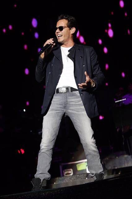 Simplemente el mejor cantante de Salsa, Marc Anthony.