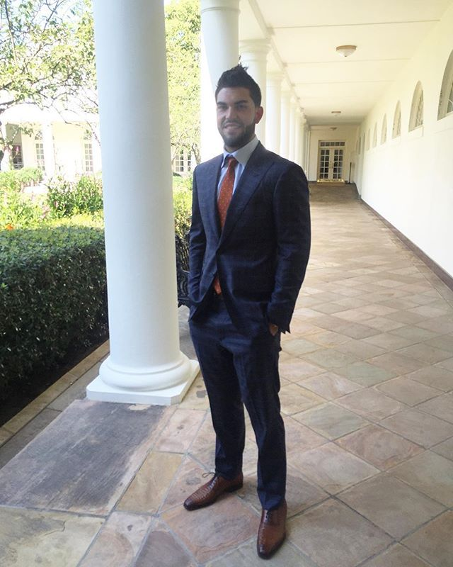 Hi everyone! Eric Hosmer (@Hosmer305) here—first baseman from the world champion @KCRoyals. We're here at the White House to meet with President Obama and I couldn't be more excited. We heard that Press Secretary Josh Earnest is a die-hard fan of the Royals, so first stop—his press conference for a surprise visit. Stay tuned for more behind-the-scenes moments as I take over the White House Instagram. #Royals