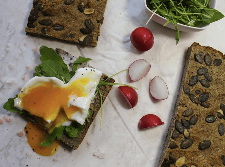 Przepis na bezglutenowy cienki chleb z chia