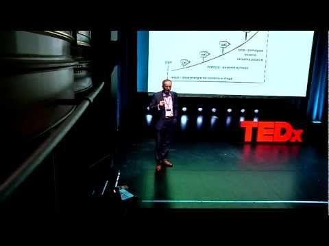 ▶ Pelna moc odwagi: Jacek Walkiewicz at TEDxCzwartekHillCinema - YouTube