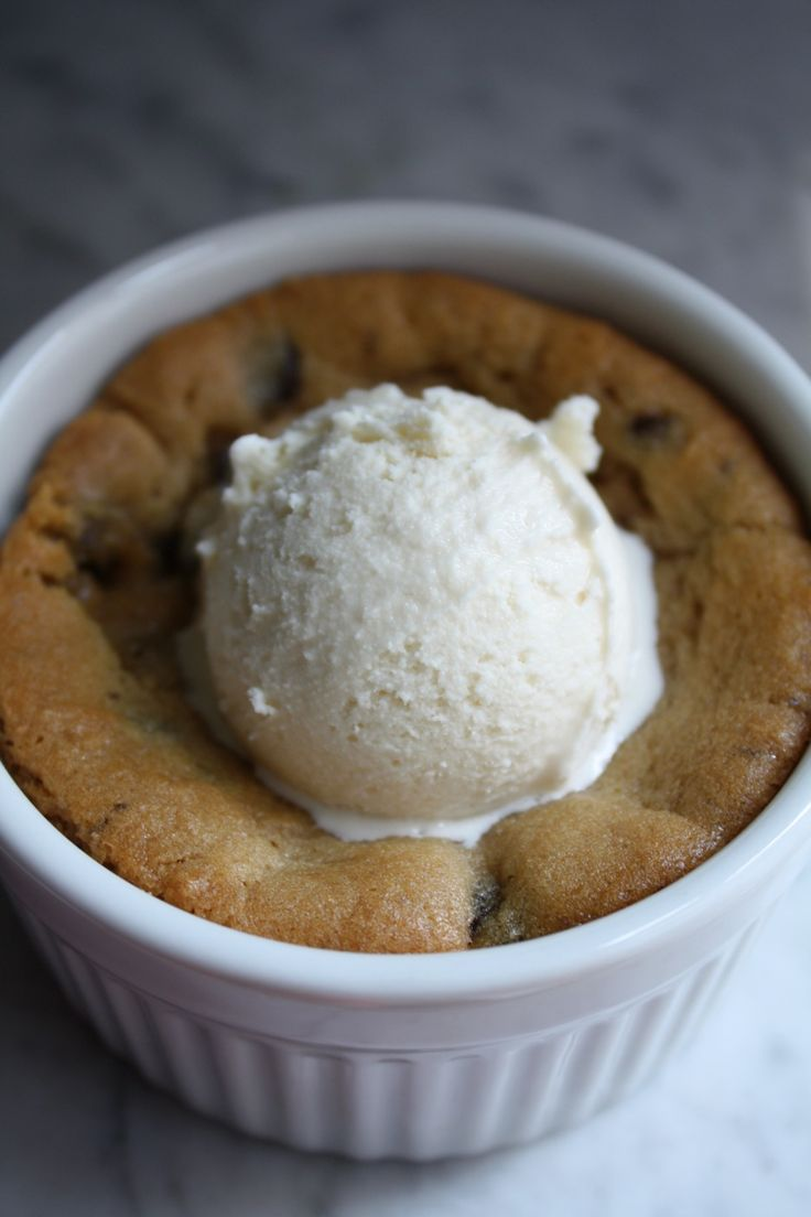 deep dish cookie pie